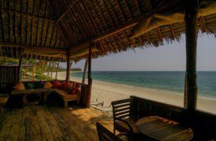 023_DSF7523 Beach bar