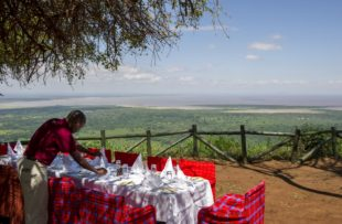 Bush Lunch at Lake Manyara Serena Safari Lodge